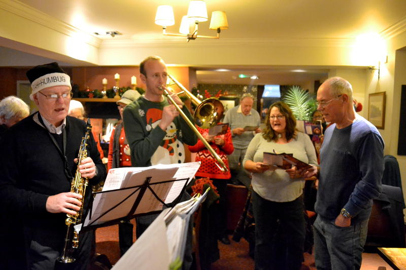 Carol singing at the Selly Park Tavern