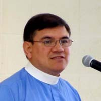 Walter Barrientos preaches in Christ Church